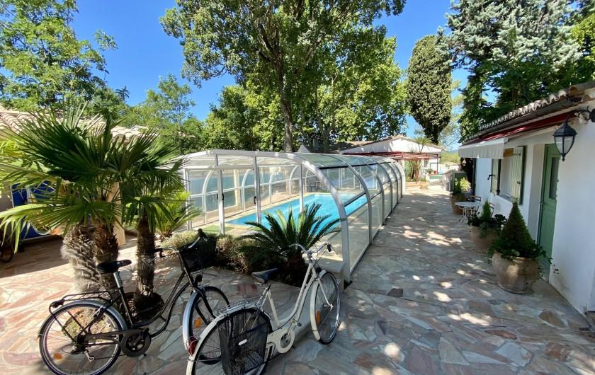 Location de vacances - Villa à Uzès - Piscine couverte chauffée  8 x 4 en basse saison