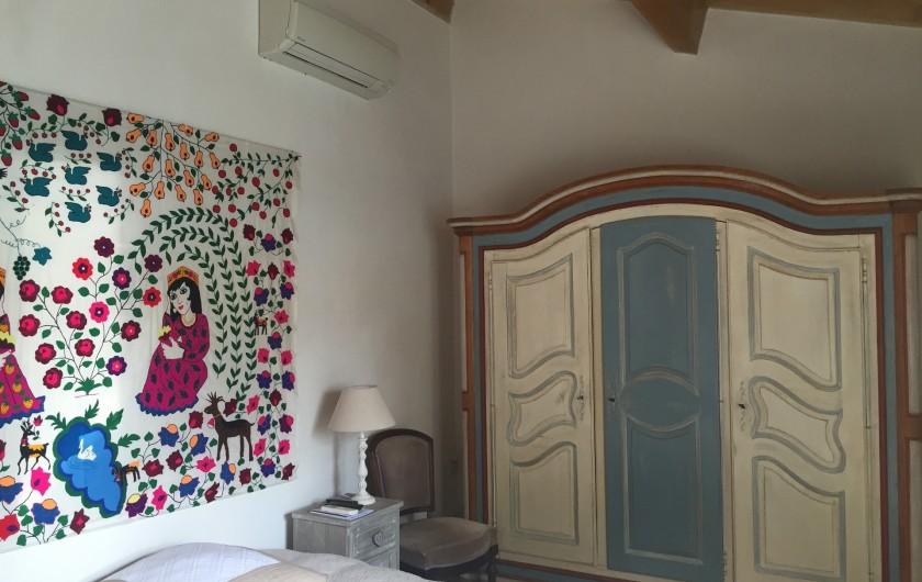 Location de vacances - Villa à Uzès - Studio face à la piscine avec bains et wc