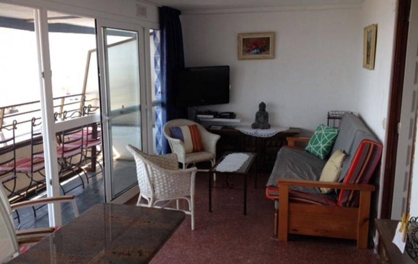 Location de vacances - Appartement à L'Estartit - Séjour avec vue Iles et Mer