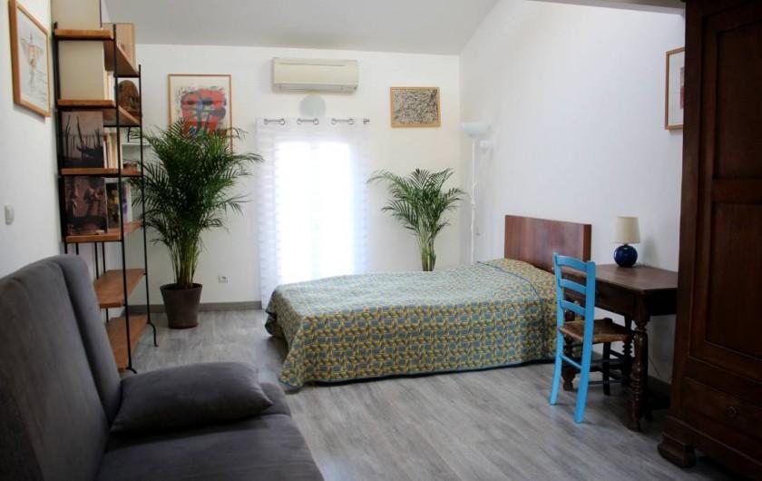 Location de vacances - Maison - Villa à Mèze - chambre au deuxième étage