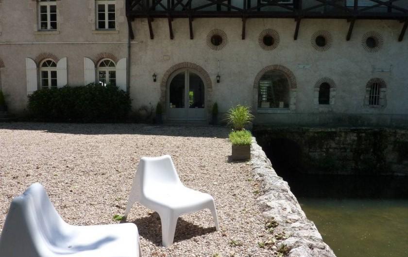 Location de vacances - Chambre d'hôtes à Olivet - Façade en arrivant