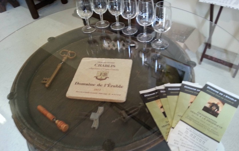 Location de vacances - Gîte à Chassignelles - Dégustations de Vins de Chablis du Domaine de l'Erable