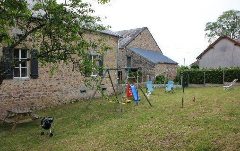 Location de vacances - Gîte à Lormes - Espace de jeux et de détente
