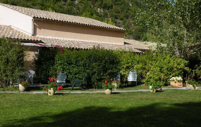 Location de vacances - Maison - Villa à Castellane - vue générale