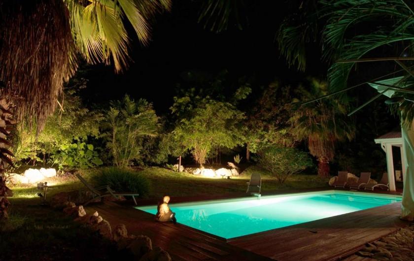 Location de vacances - Villa à Saint-François - La piscine éclairée