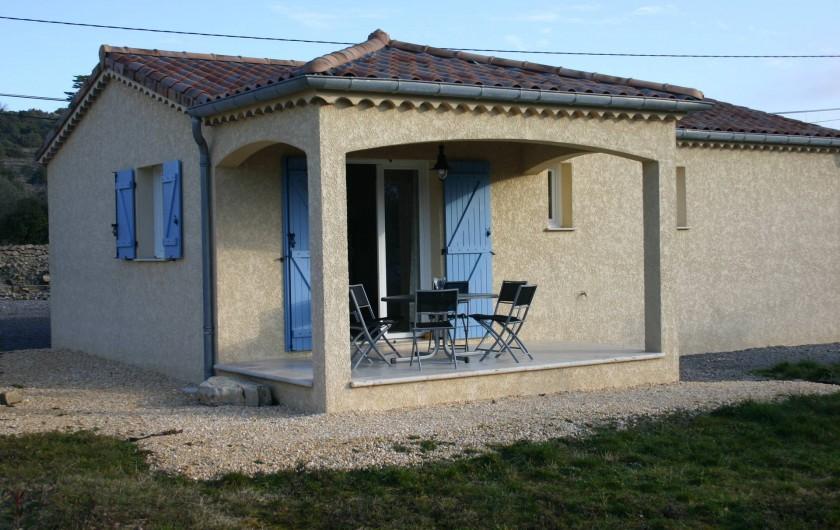 Location de vacances - Villa à Les Vans - Terrasse couverte