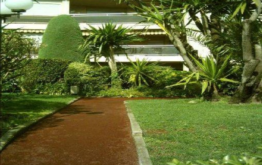 Location de vacances - Appartement à Cannes - Cannes beach- Jardins résidence.