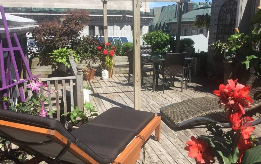 Location de vacances - Chambre d'hôtes à Ville de Québec - Cuisine fonctionnelle: lave-vaisselle micro-ondes,cafetière espresso ect.