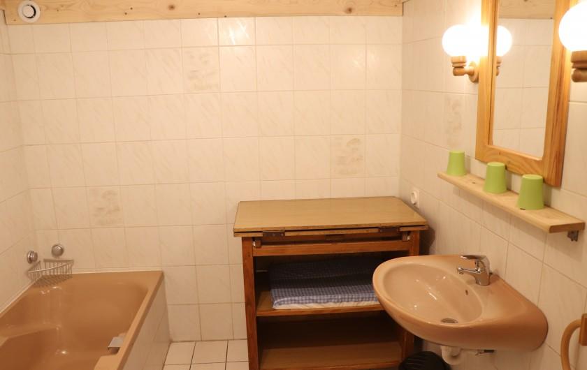 Location de vacances - Gîte à Fournets-Luisans - Chambre 4