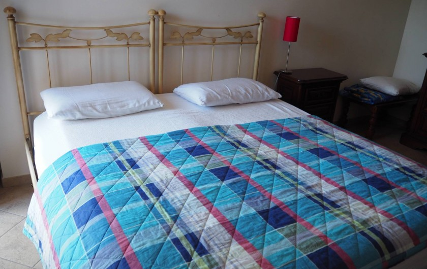 Location de vacances - Appartement à Verduno - Chambre Marrone