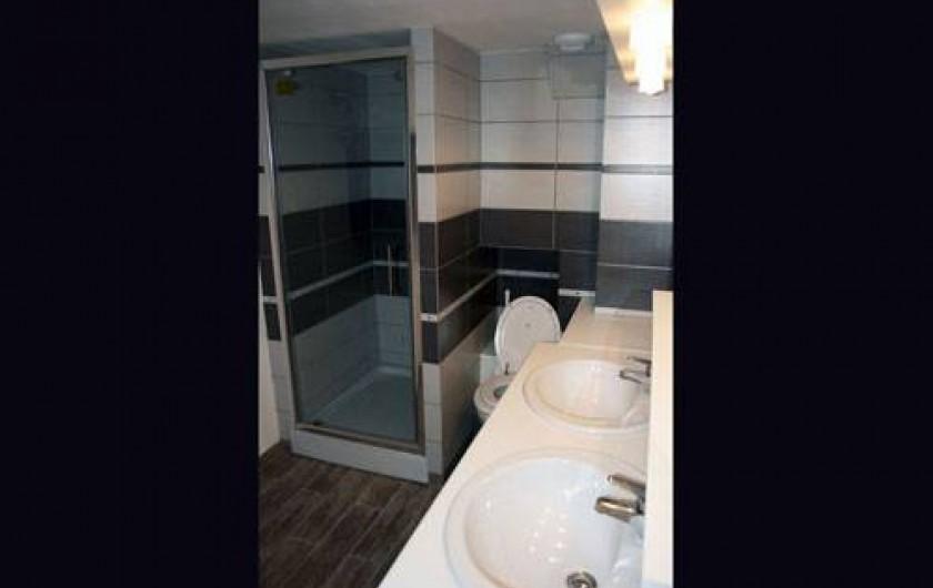 Location de vacances - Insolite à Baincthun - Salle de bain