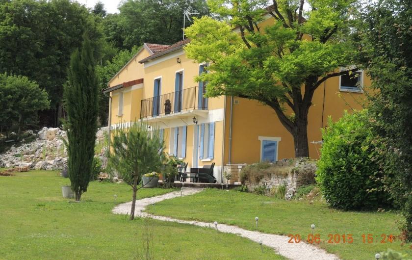 Location de vacances - Chambre d'hôtes à Grimault - Vue de la maison