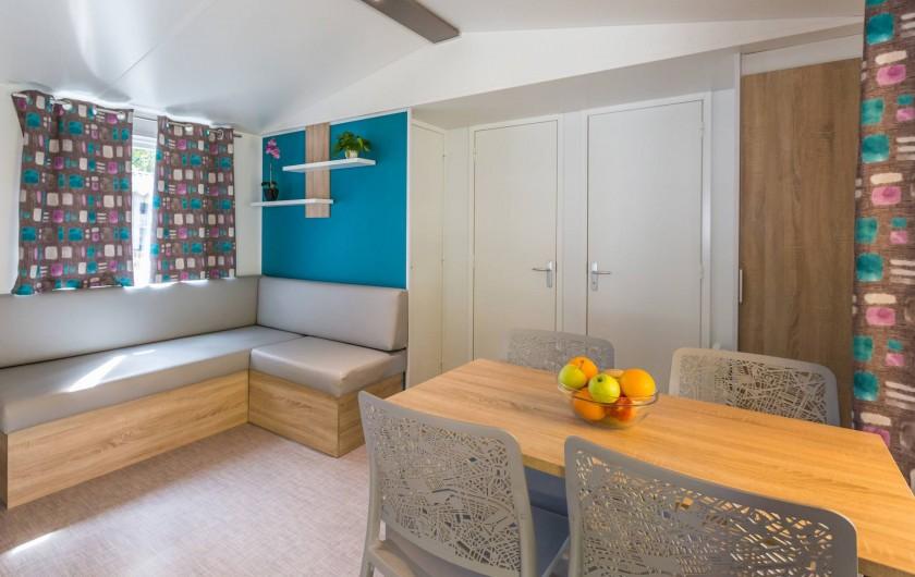 Location de vacances - Bungalow - Mobilhome à Thonon-les-Bains - Séjour avec télévision