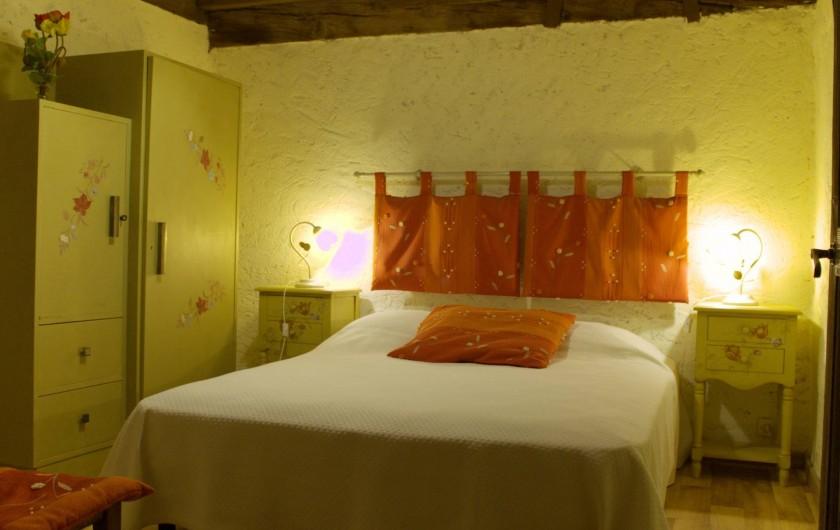 Location de vacances - Gîte à La Sauvetat-du-Dropt - Chambre 2 à l'étage