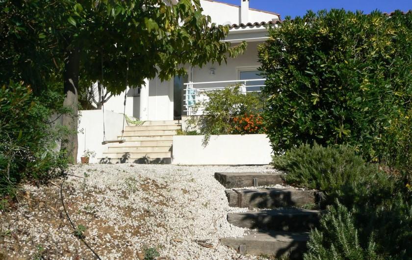 Location de vacances - Villa à Roquebrune-sur-Argens - Jardin