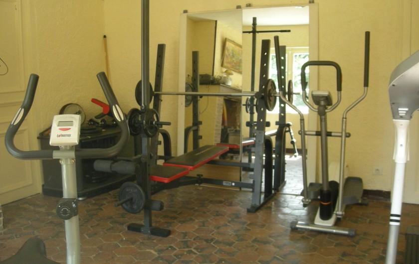 Location de vacances - Château - Manoir à Boissy-lès-Perche - Salle de Sport