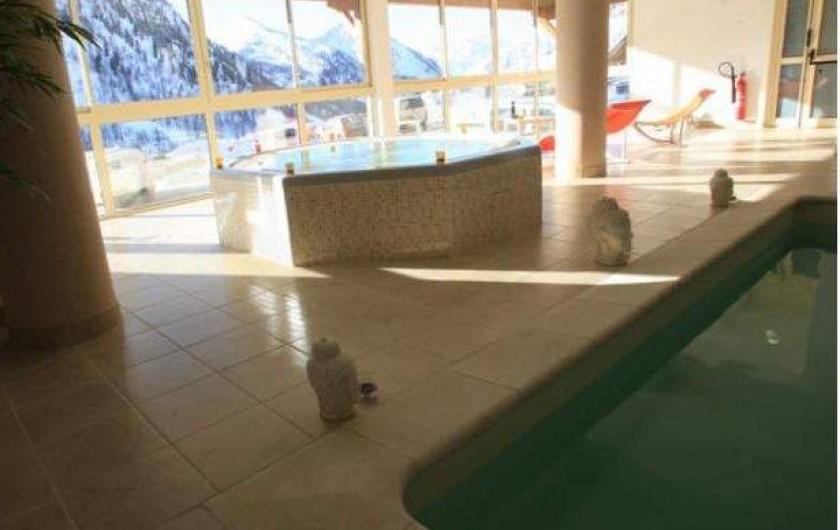 Location de vacances - Studio à Isola - Piscine et spa