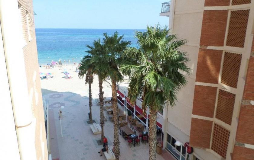 Location de vacances - Appartement à Calp - vue de la terrasse