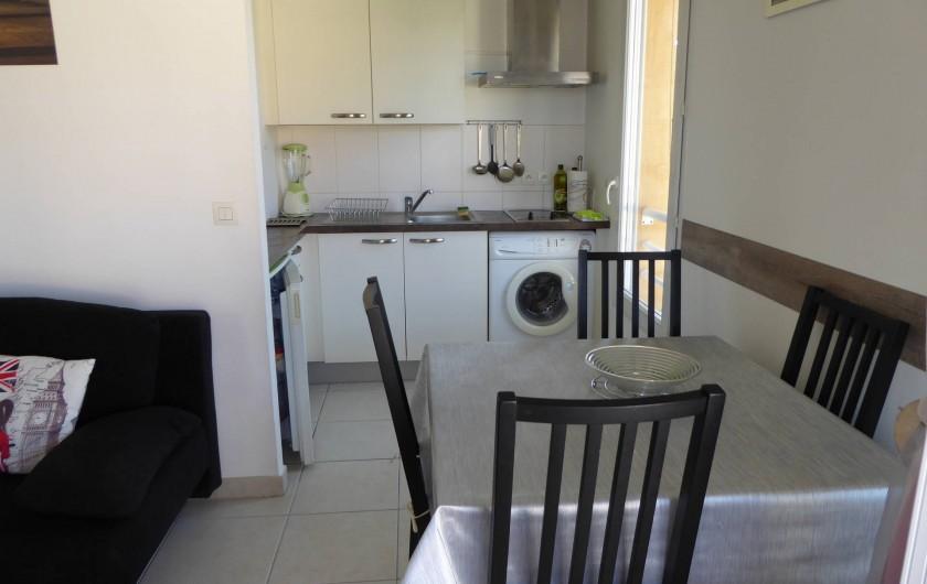 Location de vacances - Appartement à Antibes - Le coin cuisine