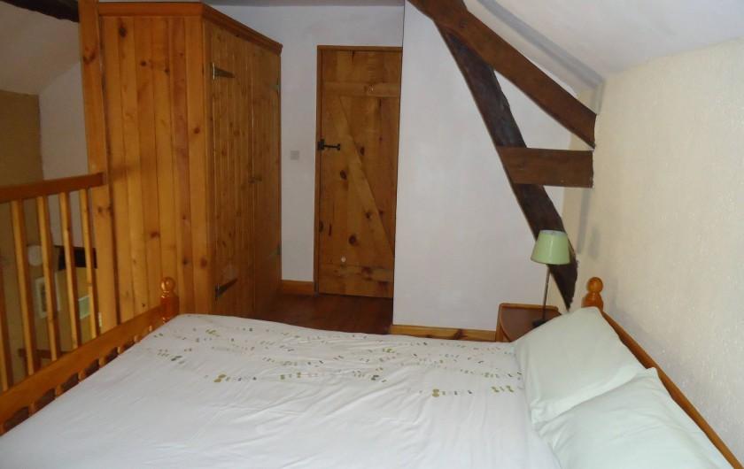 Location de vacances - Gîte à Marminiac - chambre 1 (1 couchage double 140 X 190 cm)