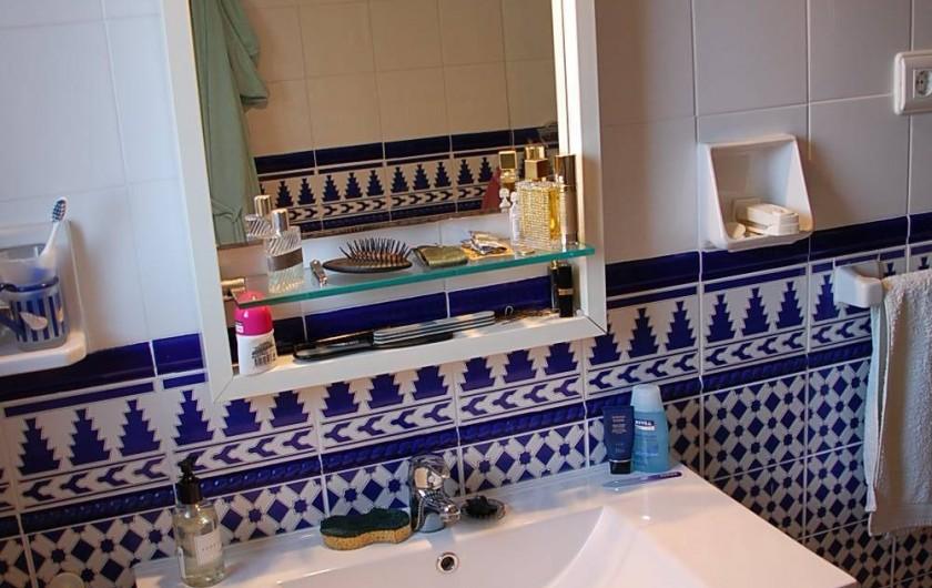 Location de vacances - Villa à Dénia - salle d'eau chambre 1