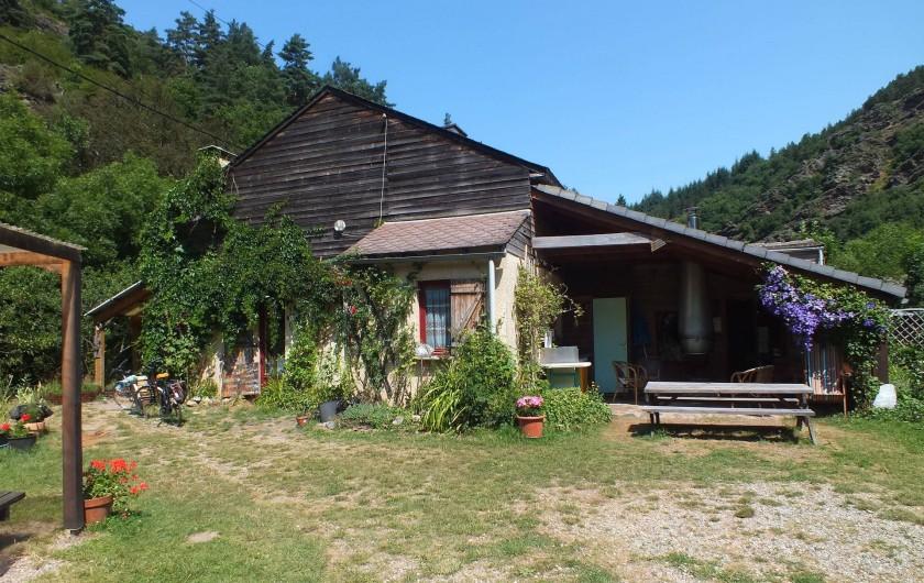 Location de vacances - Camping à Meyrueis - acceuil et lieu commun ferme de Ribevenes
