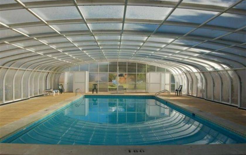 Location de vacances - Villa à Porches - Piscine eau de mer, couverte et chauffée en saison fraiche