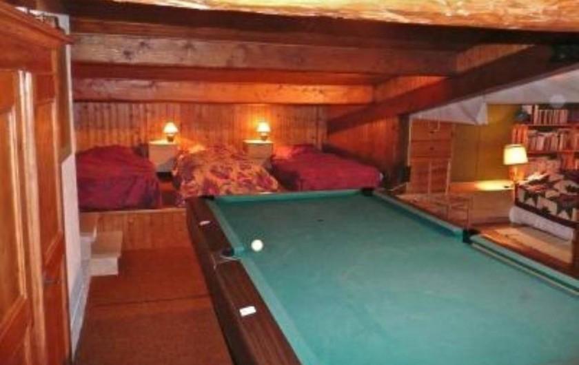 Location de vacances - Chalet à Saint-Gervais-les-Bains - Mezzanine avec dortoir de 3 lits