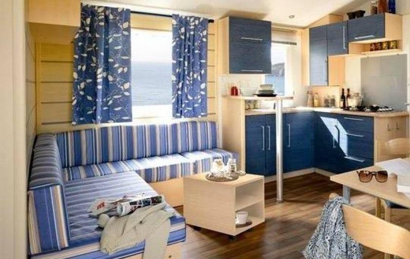 Location de vacances - Bungalow - Mobilhome à Tourrettes - INTÉRIEUR TYPE DE MOBIL-HOME