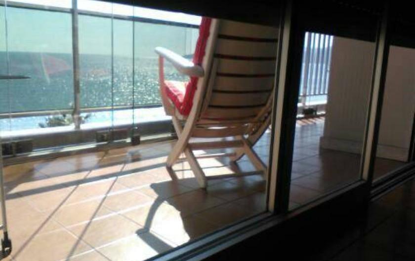 Location de vacances - Appartement à Cannes la Bocca - Vue de la chambre