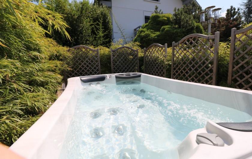 Location de vacances - Appartement à Aix-les-Bains - Second jacuzzi privatif de la terrasse