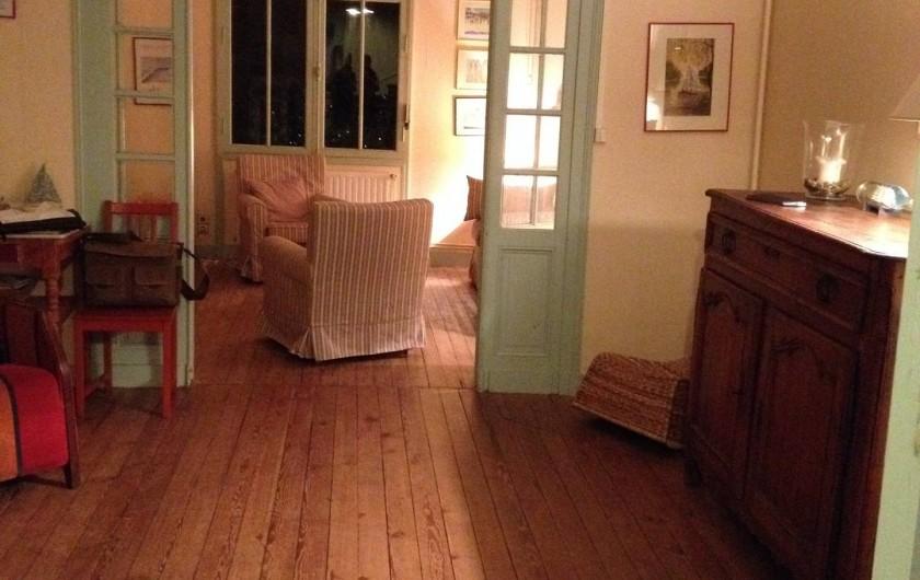 Location de vacances - Villa à Arcachon - Salon et salon cheminée