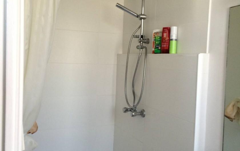 Location de vacances - Villa à Arcachon - Salle de douche