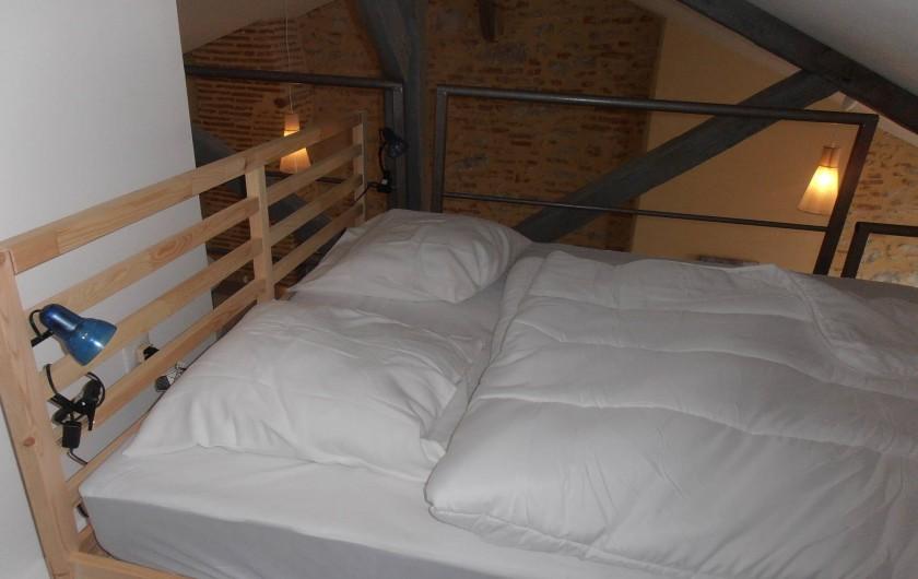 Location de vacances - Appartement à Cahors - Lit 160 x 200 sur mezzanine