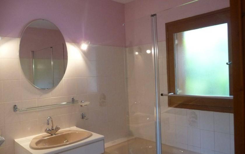 Location de vacances - Maison - Villa à Sainte-Énimie - Salle de bain avec baignoire