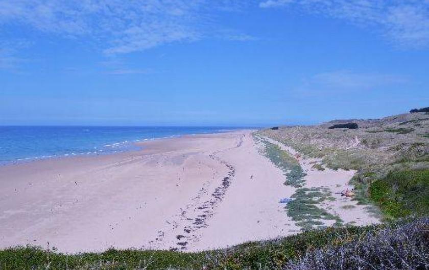 Location de vacances - Maison - Villa à Les Moitiers-d'Allonne - plage Hatainville vue de la falaise de Carteret