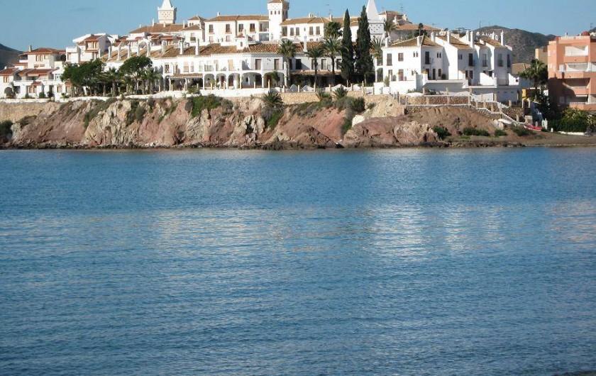 Location de vacances - Appartement à Calabardina - vue de la plage