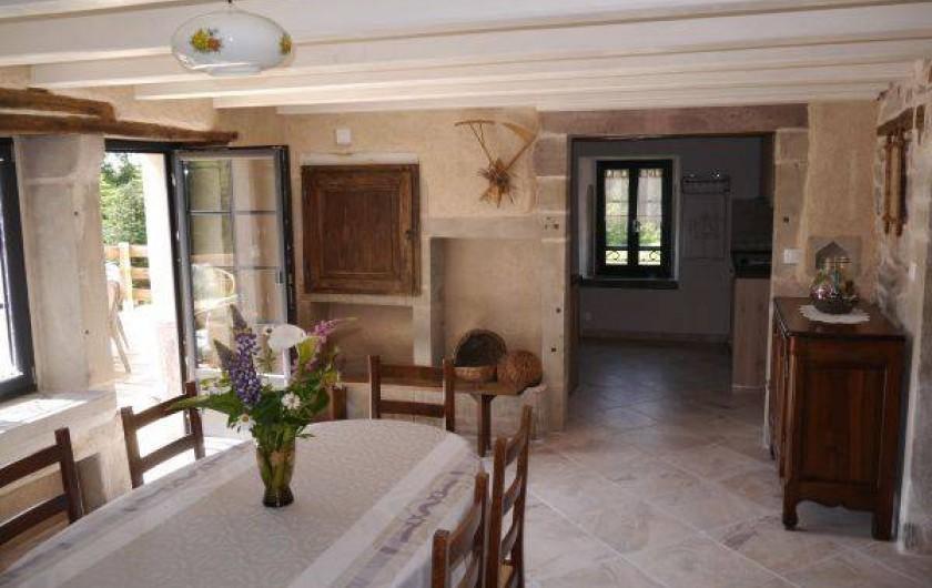 Location de vacances - Gîte à La Rosière - pièce de vie avec accès terrasse