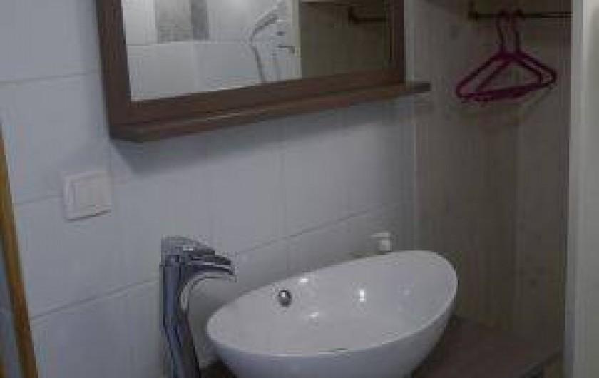 Location de vacances - Gîte à La Rosière - salle d'eau rch avec douche à l'italienne