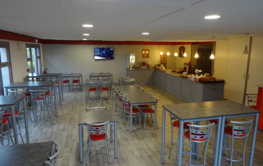 Location de vacances - Hôtel - Auberge à Saint-Aubin-sur-Scie - salle petits déjeuners
