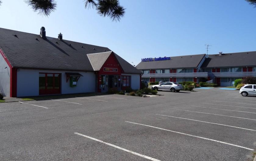 Location de vacances - Hôtel - Auberge à Saint-Aubin-sur-Scie - Entrée de l'hôtel