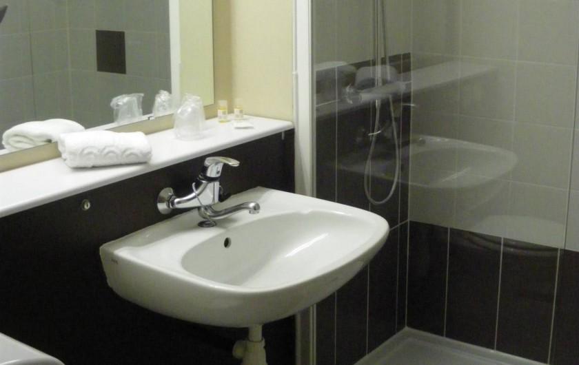 Location de vacances - Hôtel - Auberge à Saint-Aubin-sur-Scie - salle de bain