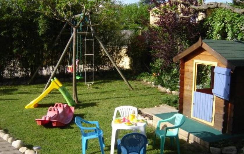 Location de vacances - Villa à Saint-Julien-de-Cassagnas - Le coin des petits