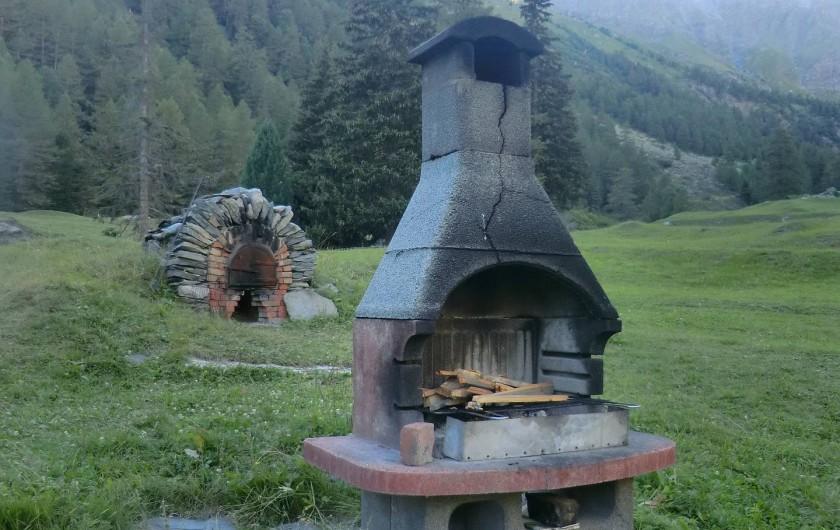 Location de vacances - Chalet à Station de Valfréjus - Barbecue