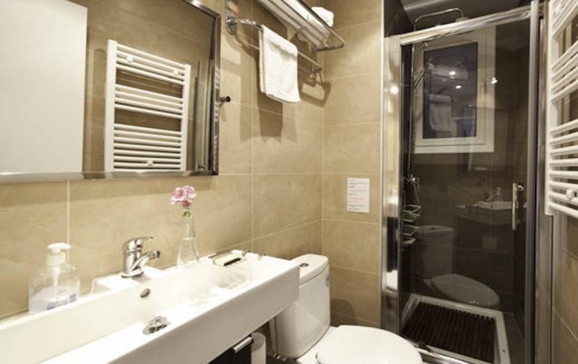 Location de vacances - Appartement à Barcelone - Salle de bain