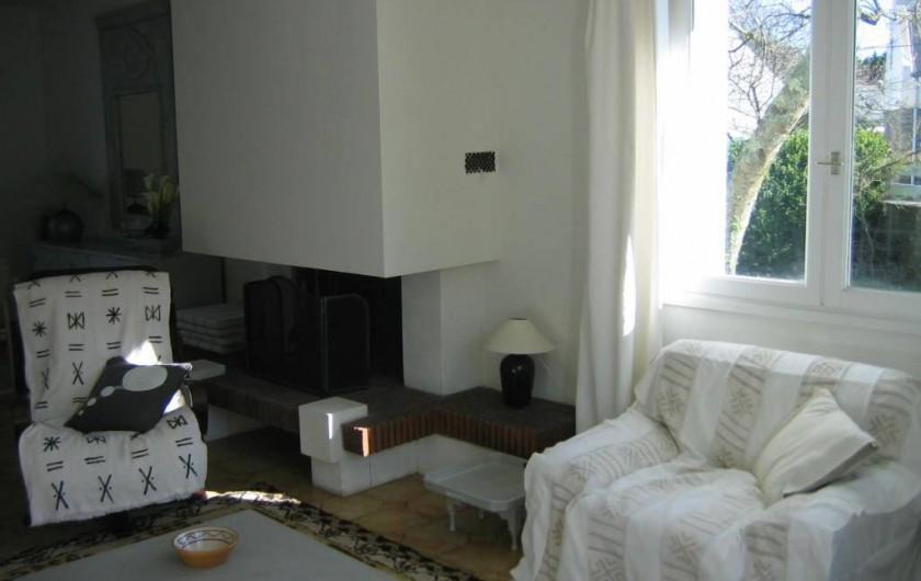 Location de vacances - Villa à Le Palais - coin de cheminée