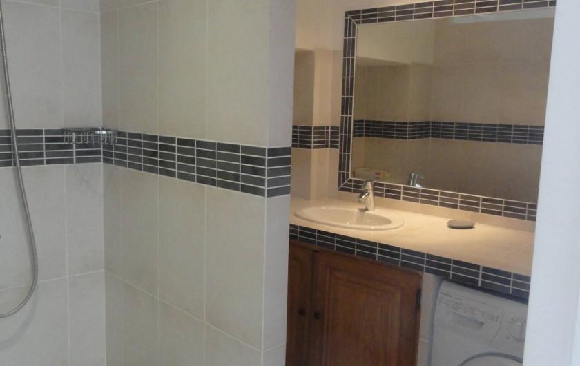 Location de vacances - Gîte à Cucuron - La salle de bain