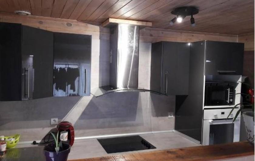 Location de vacances - Villa à Saint-Michel-Escalus - cuisinière vitro-céramique,four, four micro onde.