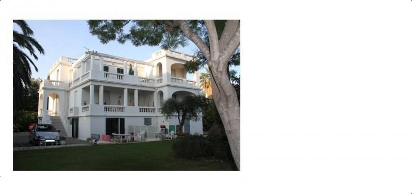 Villa d'Este avec 11 studios ou appartements