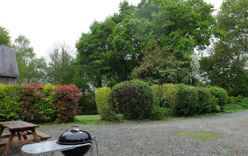 Location de vacances - Chalet à Plouër-sur-Rance - Le jardin du gite
